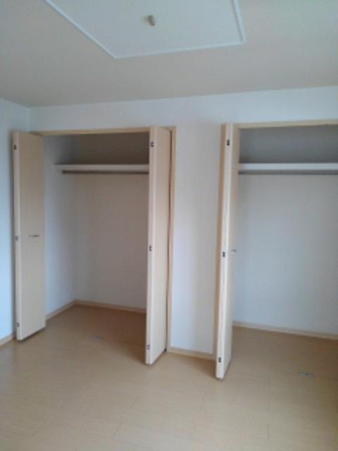 ミューズ松本Ⅲ 02050号室の収納