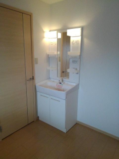 ミューズ松本Ⅲ 02050号室の洗面所