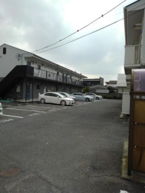 ミューズ松本Ⅲ 02050号室の駐車場
