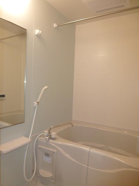 クリアネス堰下 01030号室の風呂
