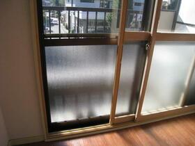 RTビル 301号室の収納