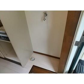クレセントハイツひばりが丘 202号室の玄関