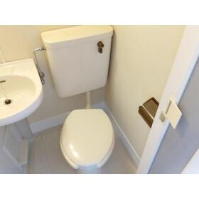 クレセントハイツひばりが丘 202号室のトイレ