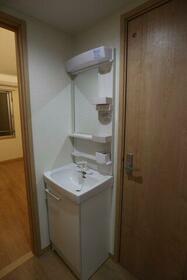グレースコートいずみ中央 107号室の洗面所