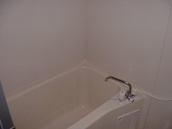 M's KAIKAREN 102号室の風呂