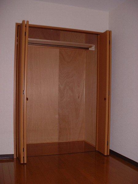 M's KAIKAREN 102号室の収納