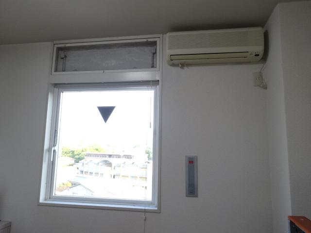 ヴィベールⅡ 502号室の居室