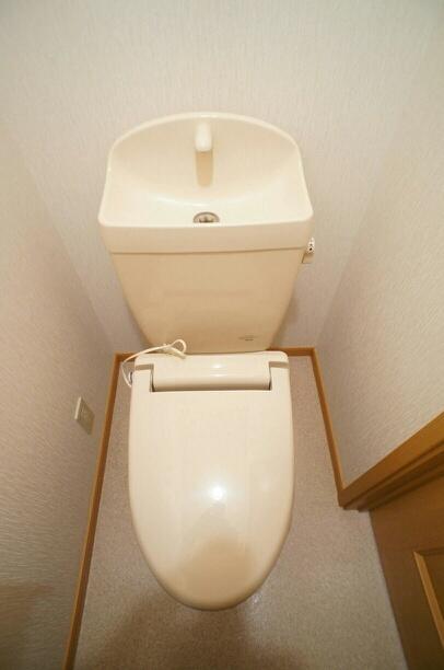 サンパティーク 02040号室のトイレ