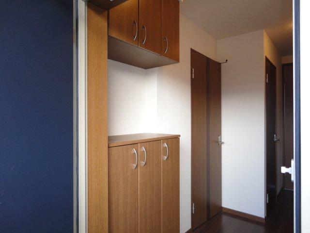 アルーナ エーク 103号室の収納
