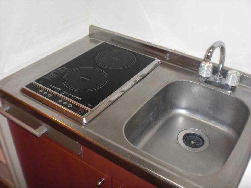 レオパレス泉Ⅲ 104号室のキッチン