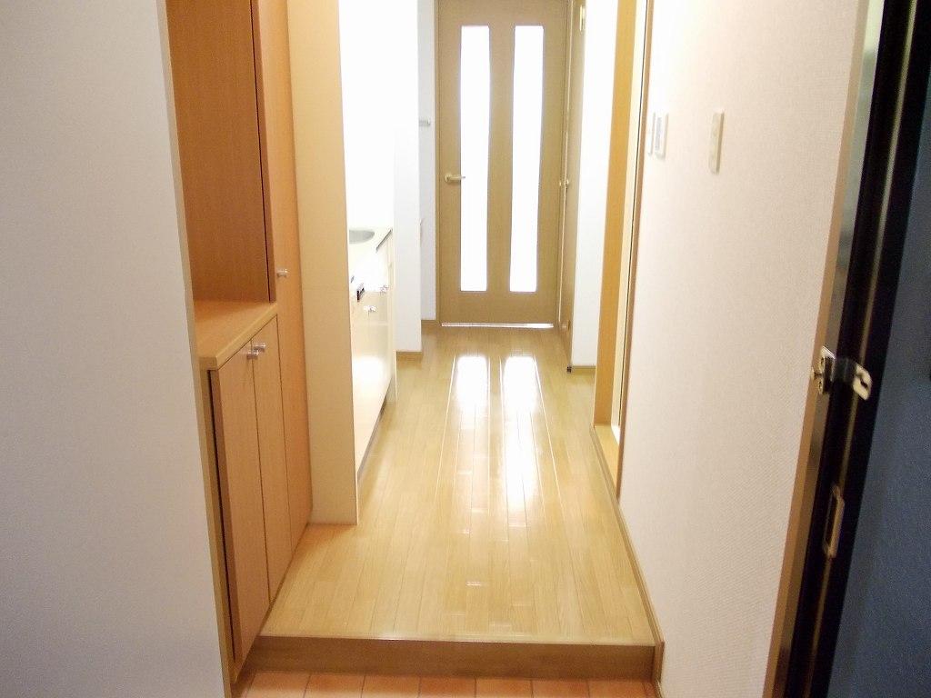 パラス卯兵衛 05020号室の玄関