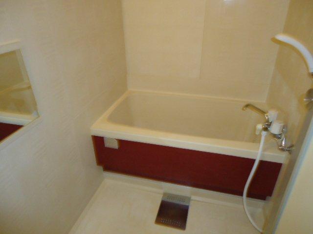 プランタンきよ春 00103号室の風呂