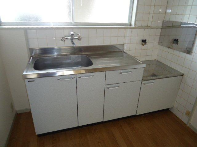 プランタンきよ春 00103号室のキッチン