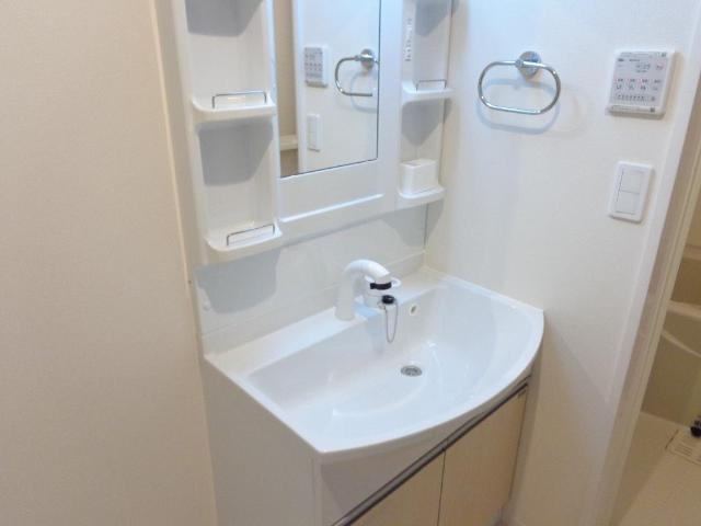 グレイスコート 105号室の洗面所