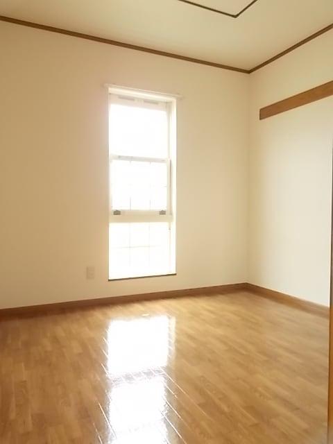 レフィナード・エムA 02020号室のその他