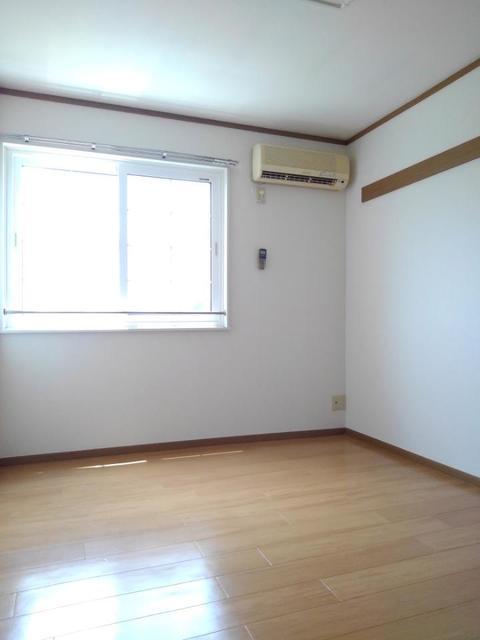 サンセール 02020号室の駐車場
