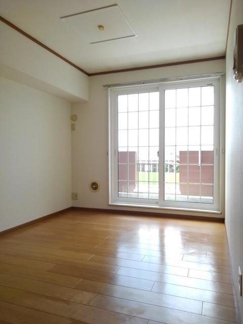 サンセール 02020号室のリビング