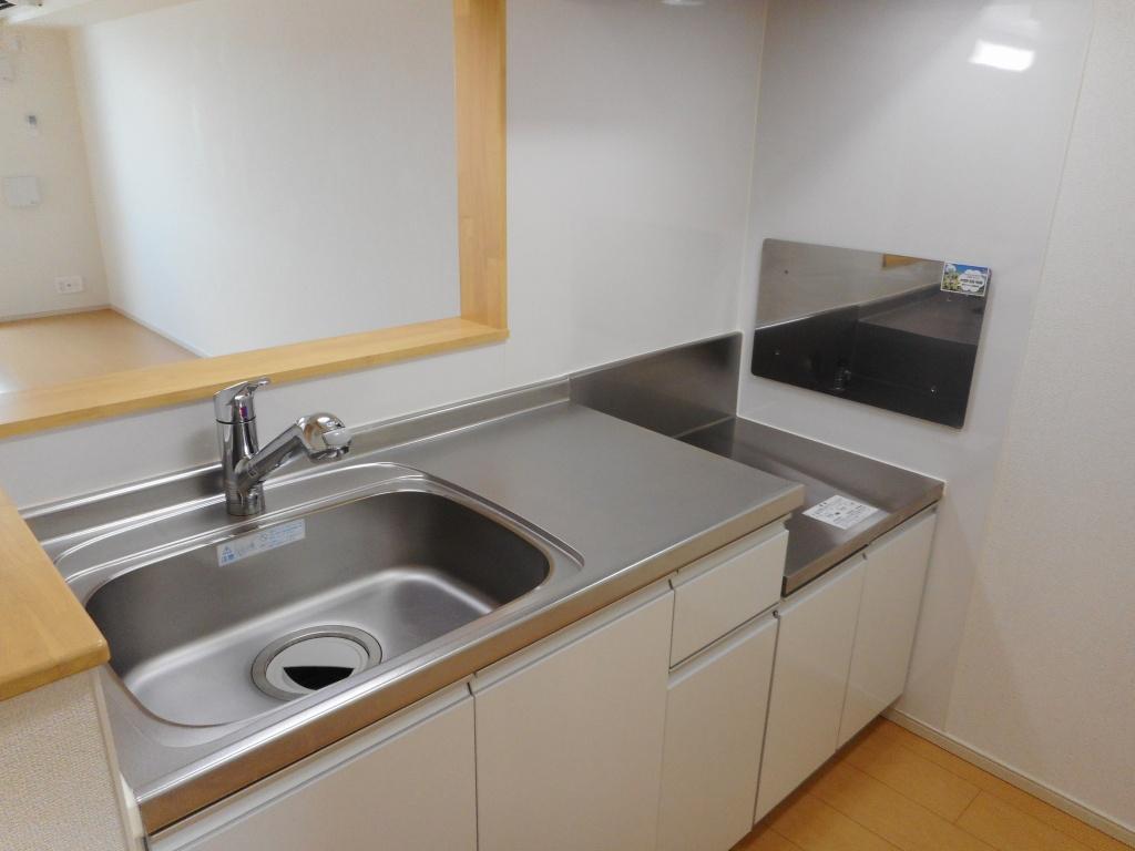 セイバリーヒルズ土浦 02090号室のキッチン