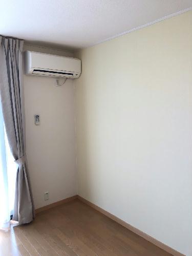 レオパレスYAHAGIⅠ 406号室のリビング