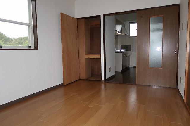 クリーンハイツさくら 01050号室の居室