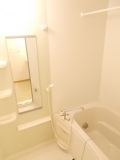 プリムローズN&M B 02010号室の風呂
