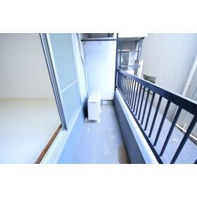 セントラル星ケ丘 00204号室のバルコニー