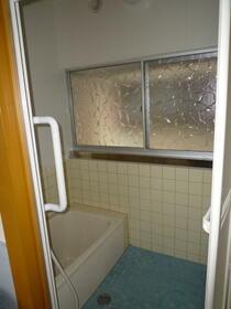 草ヶ谷荘 A棟 101号室の風呂