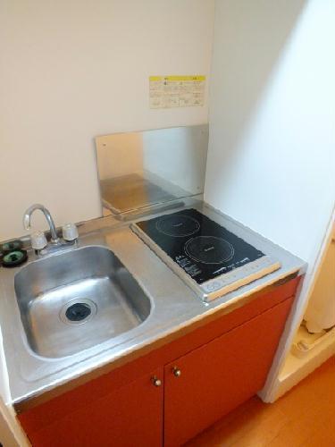 レオパレスヴィクトリーヴィラ 106号室のキッチン