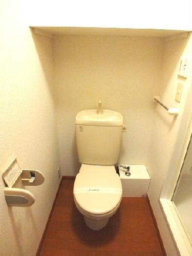 レオパレスヴィクトリーヴィラ 106号室のトイレ