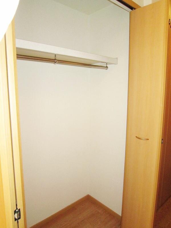 ハイライズ ミズキ 01060号室の収納