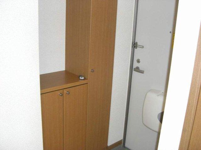 シュネーフェストⅡ 01010号室の玄関