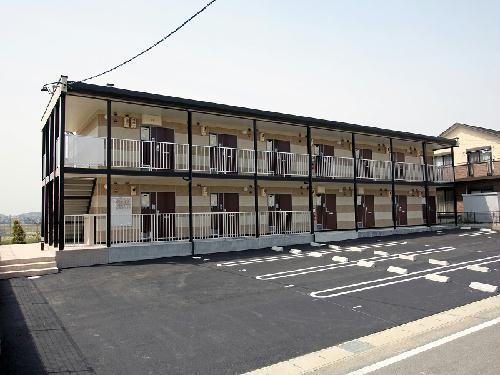 レオパレスパークハウス猿子外観写真