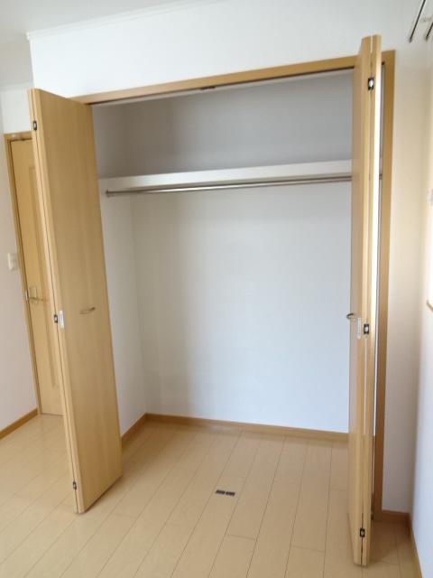 マーベラスヒルズⅡ 02040号室の収納