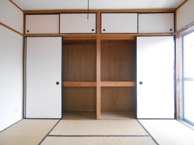 杉本マンション 2-A号室の収納