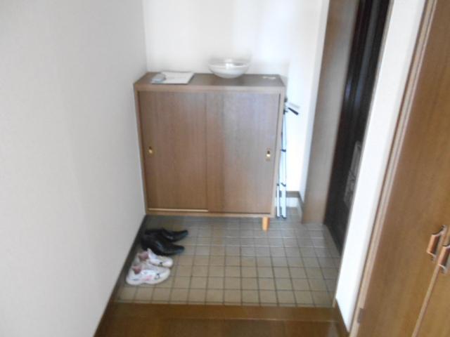 杉本マンション 2-A号室の玄関