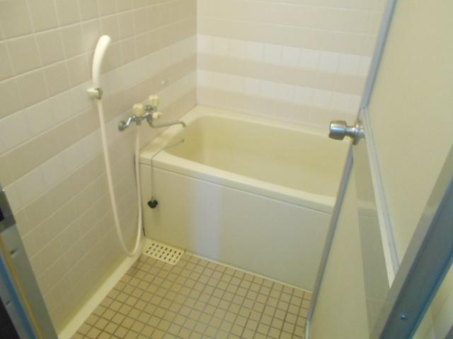 杉本マンション 2-A号室の風呂