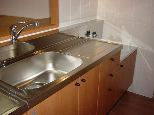 メゾン・ド・アンジュ 102号室のキッチン