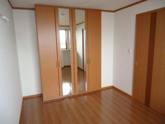 メゾン・ド・アンジュ 202号室のベッドルーム