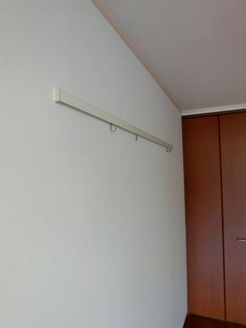 ウインズ A棟 101号室のリビング