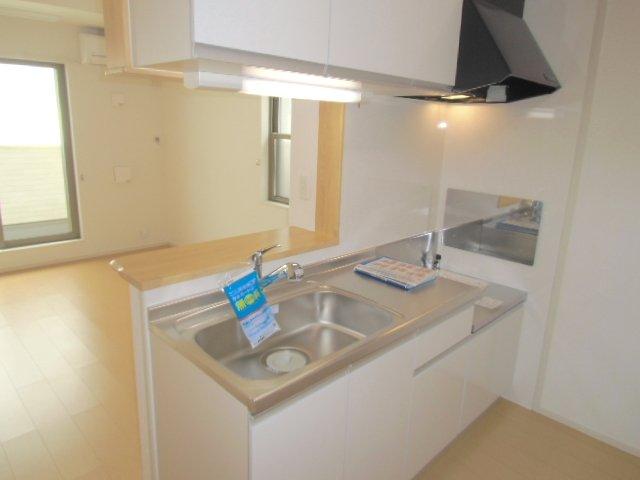 ベルクラントⅡ 02020号室のキッチン