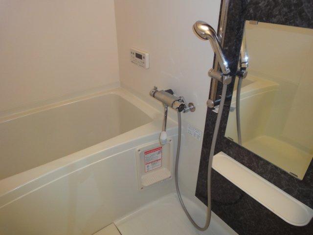 ウエストシティー 201号室の風呂