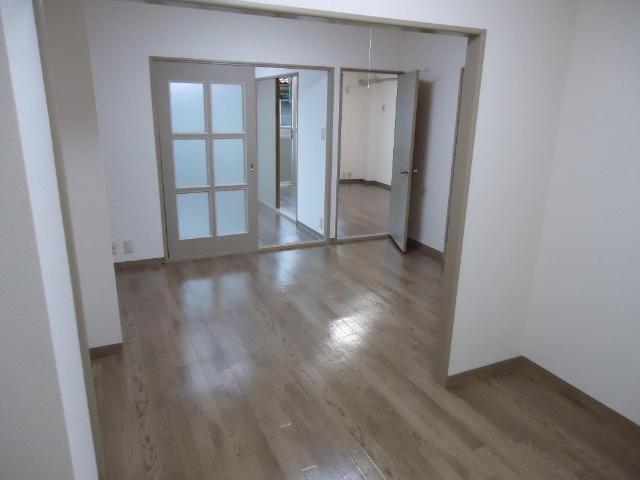 クレストール33 00302号室の洗面所