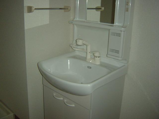フォルトゥーナ 202号室の洗面所