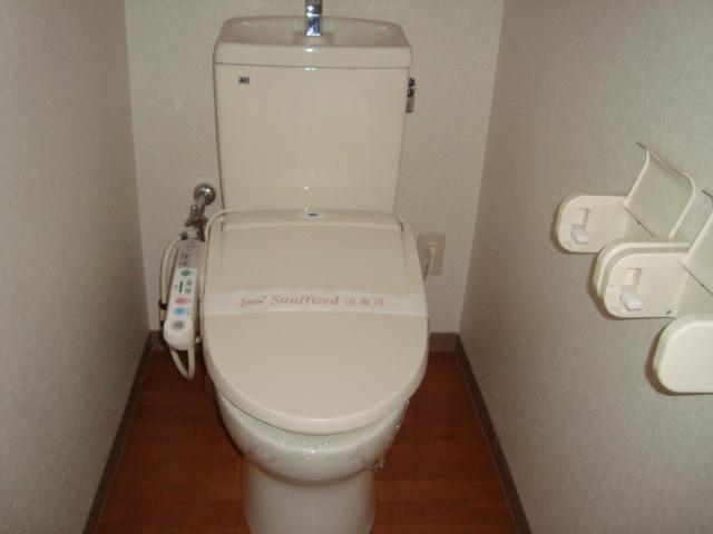 ソフィア 102号室のトイレ