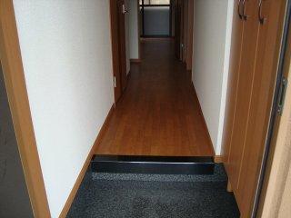 ソフィア 102号室の玄関