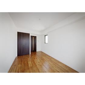 パルティール上前津 1202号室の居室