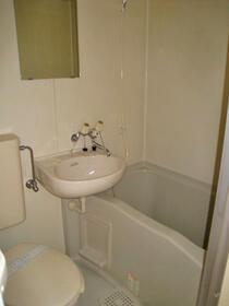ドミールハイツ 103号室の風呂
