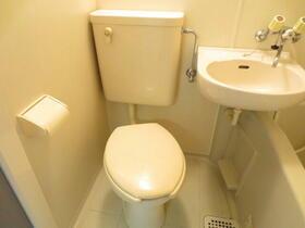 ドミールハイツ 103号室のトイレ