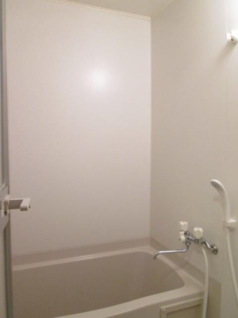 パステル府中 203号室の風呂