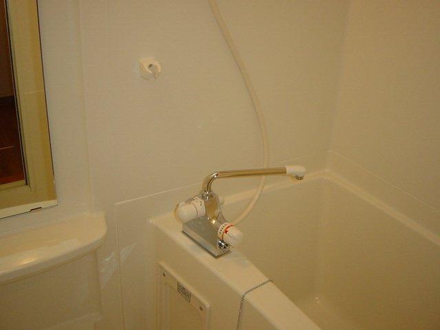 ルーラル ハウス 203号室の風呂